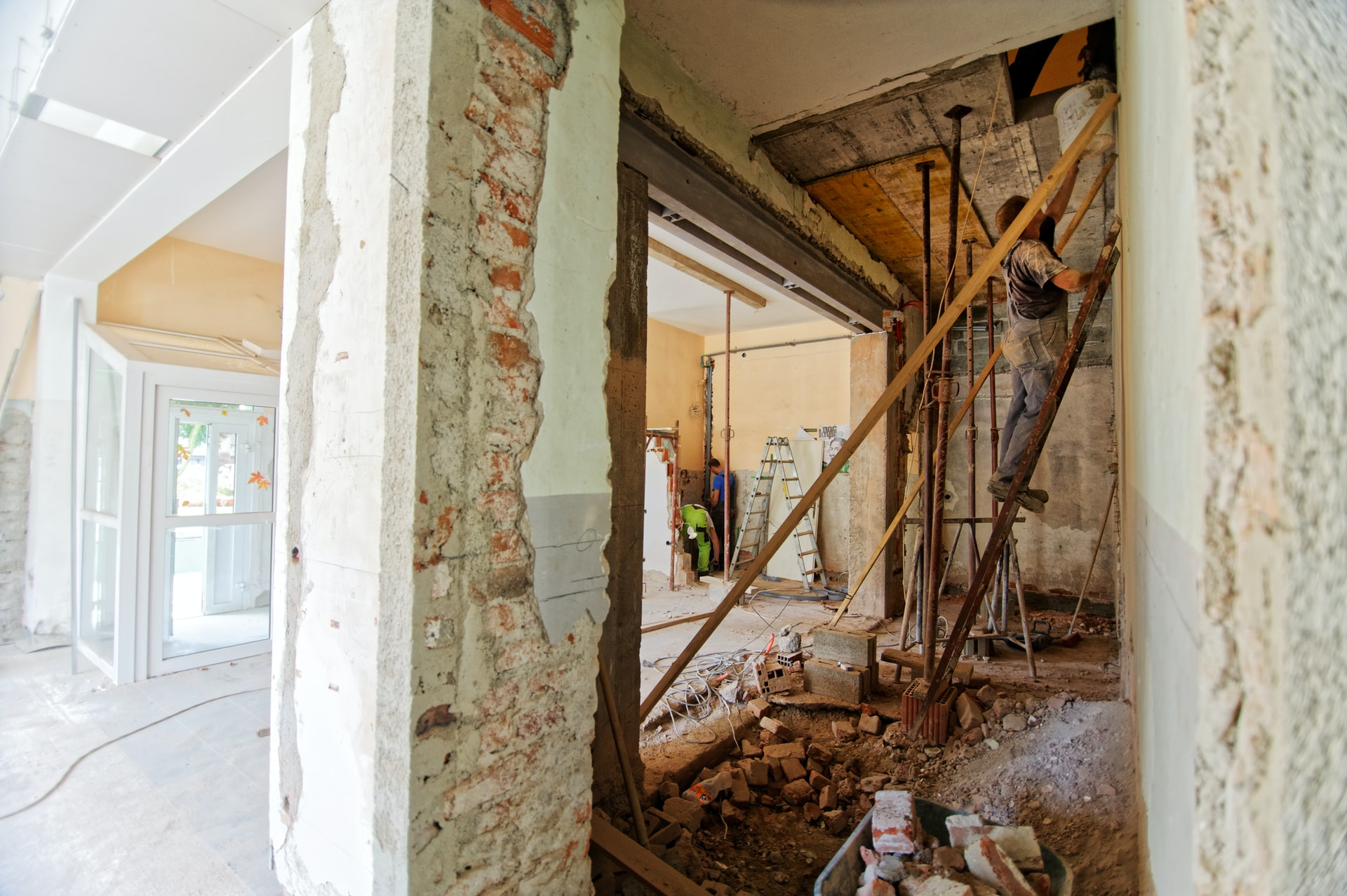 Repairing the foundation problems found in Florida